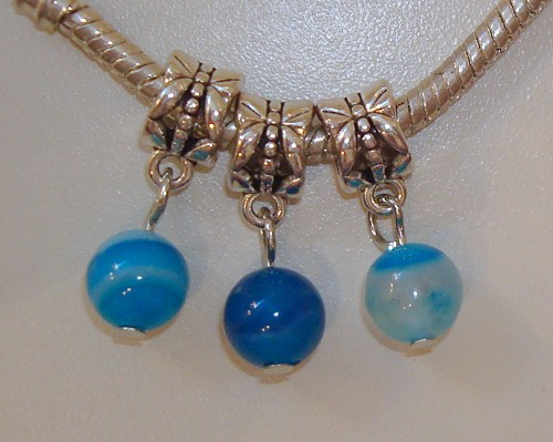 3 dangles met Blue Striped agaat