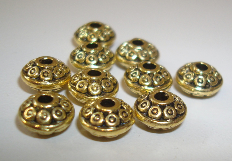 10 Goldplated spacers